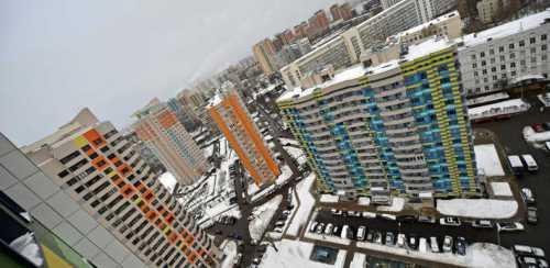тюменец отсудил у застройщика 500 тыс рублей после падения с 10